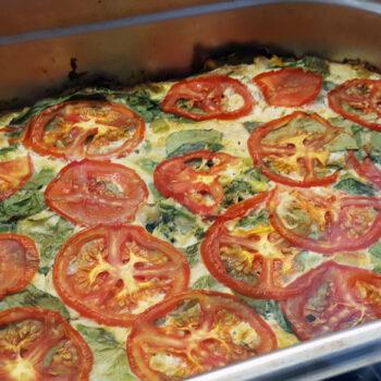 A freshly baked pan of veggie frittata.